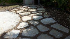 stopalni vrtni kamni