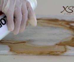 čiščenje kavnih madežev iz marmorja